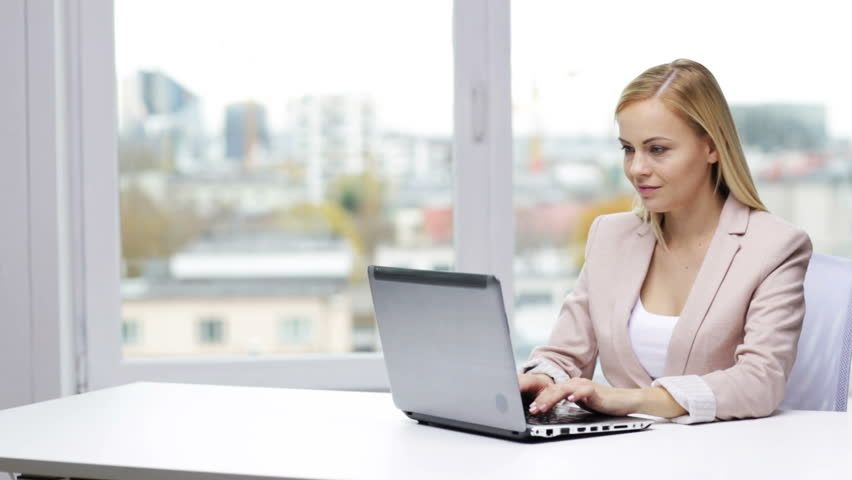 How a Virtual Assistant Can Help You with Transcription